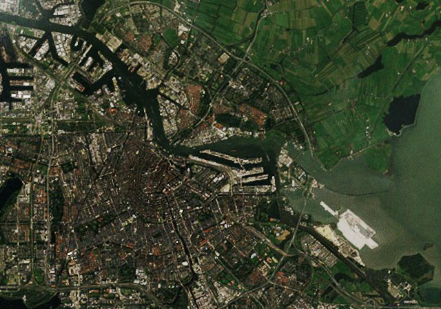 detail satellietfoto kaart of stratenplan op maat van stad in design Satellite